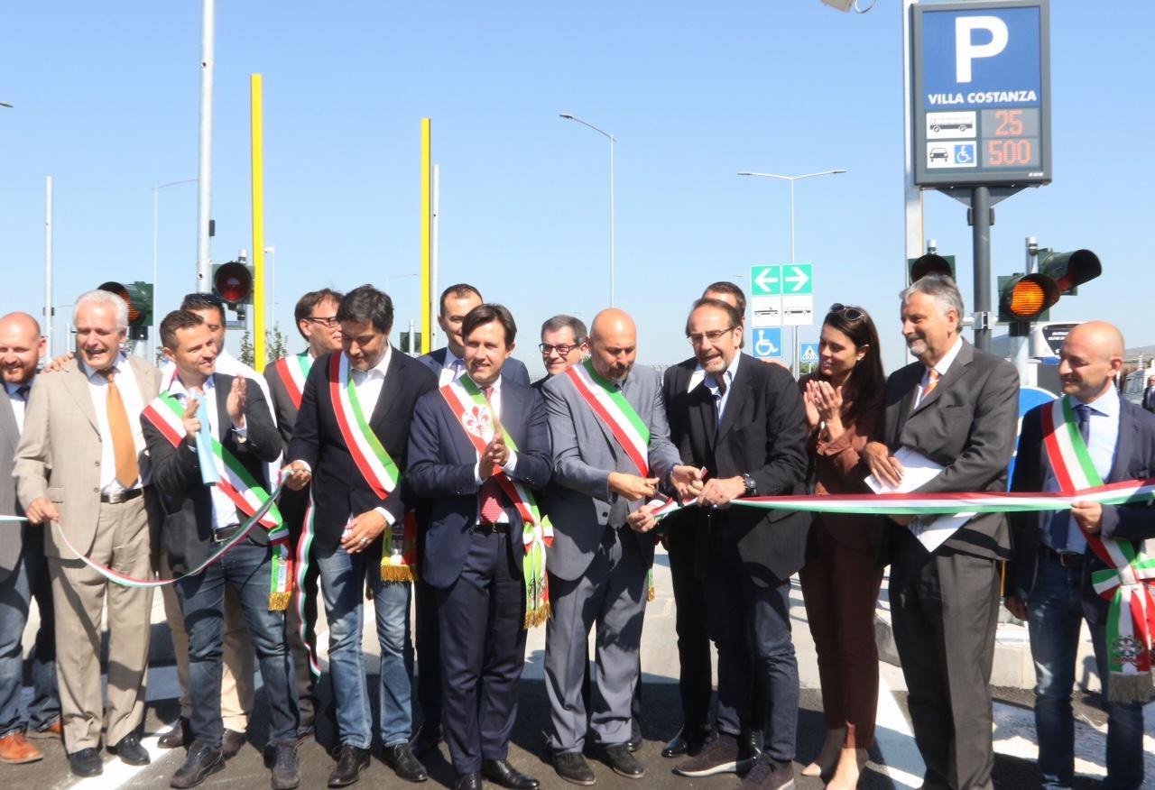 Inaugurazione parcheggio di Villa Costanza
